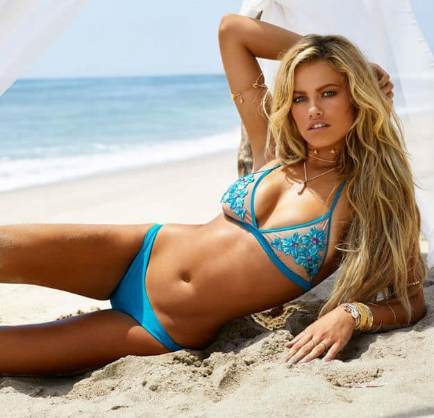 Hot youngsters bikinis