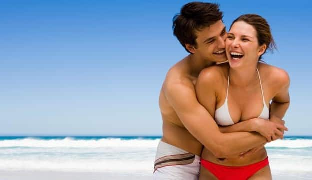 Goa-cosy-couple
