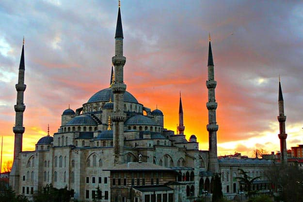 Charter Flights Between Turkey and India to Begin in 2018