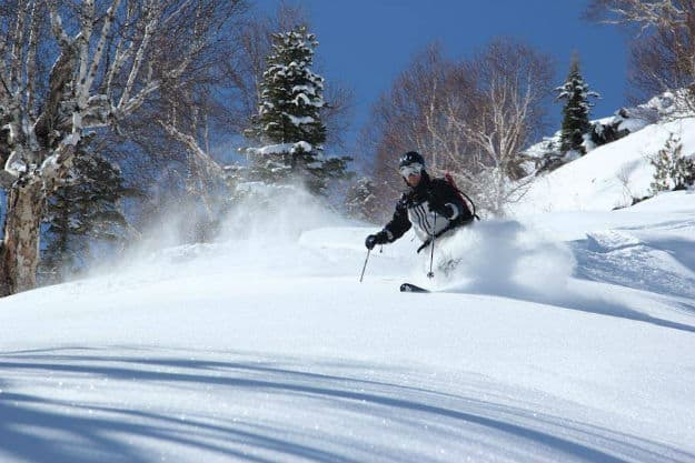 Gulmarg-Skiing-packages