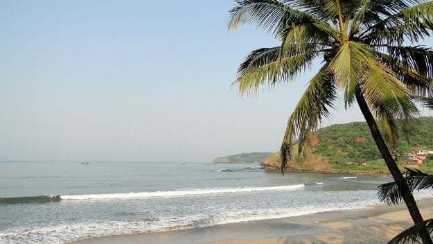 How to Reach Velneshwar Beach in Maharashtra by road, train and flight