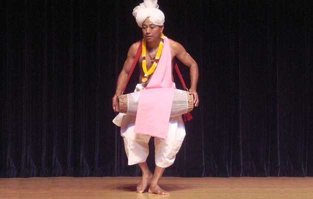 A performer of Pung cholom, the Manipuri dance that is crucial to Sankirtana, Photograph Courtesy: Matsukin/Wikimedia Commons