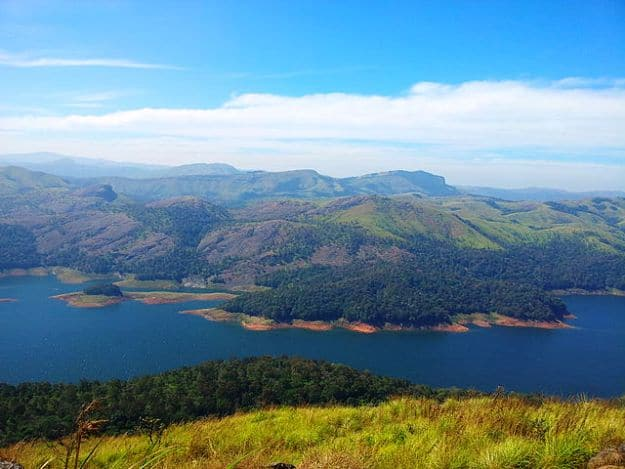 View from Calvary mount, Idukki, Photo Courtesy: Wikimedia Commons