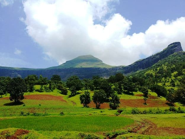 Bhamhagiri hill, Photograph Courtesy: Wikimedia Commons