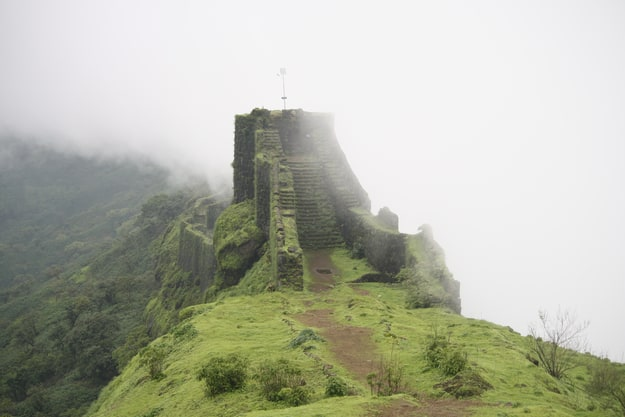 Rajgad fort shutterstock_601034201