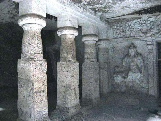 Jogeshwari Caves, Photograph Courtesy: Himanshu Sarpotdar/Creative Commons