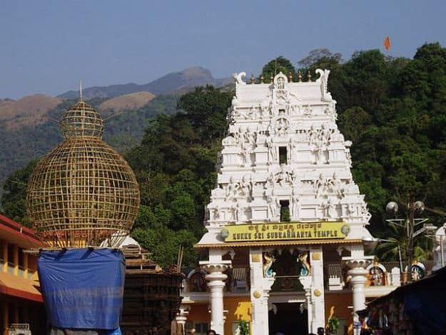 Kukke Subramanya Temple, where Made Snana is actively practised, Photograph Courtesy: Wikimedia Commons