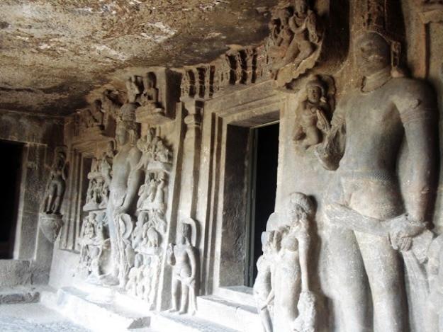 Aurangabad Caves, Photograph Courtesy: Vu2sga/Wikimedia Commons