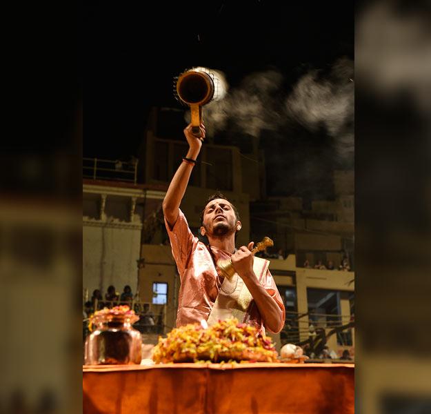 Varanasi night