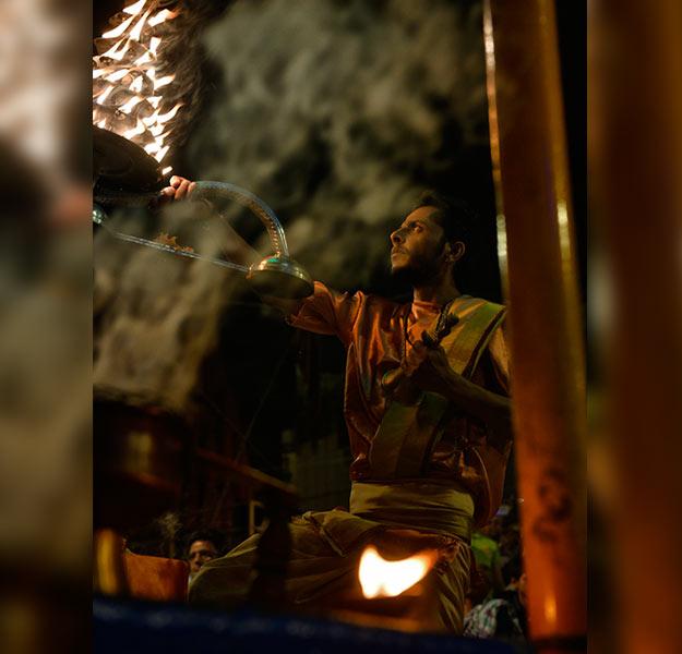 Varanasi young priest