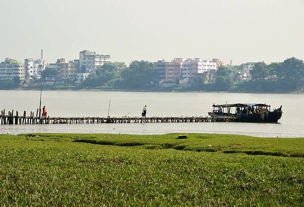 Dhobi Ghat Jetty, Barrackpore, Photograph Courtesy: Biswarup Ganguly/Wikimedia Commons