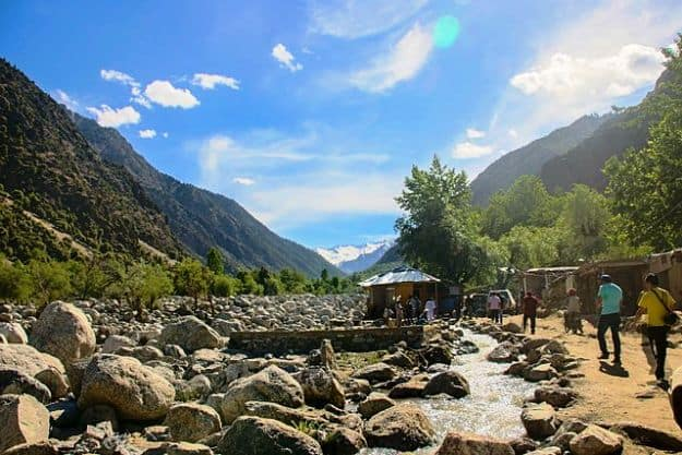 Kalash Valley in Chitral, Pakistan, during the Chillam Joshi Festival, Photograph Courtesy: Waleed0343/Wikimedia Common