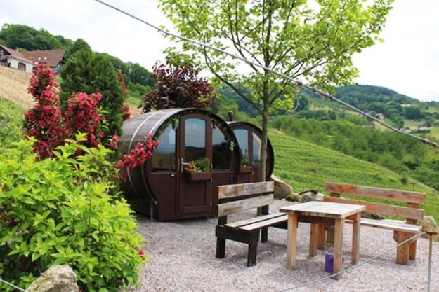Giant Wine Barrel Room, Photograph Courtesy: schlafen-im-weinfass.de