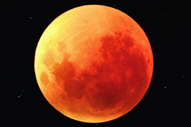 Lunar eclipse, Photograph courtesy: Wikimedia Commons