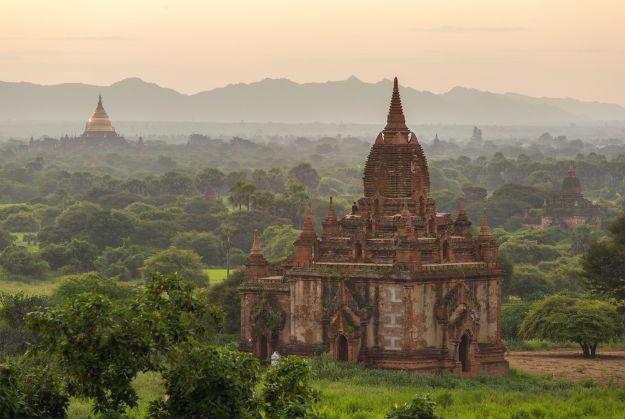 Ancient pagodas of Bagan