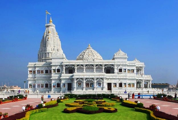 Prem Mandir, Vrindavan, Photograph Courtesy: AX JKP/Wikimedia Commons