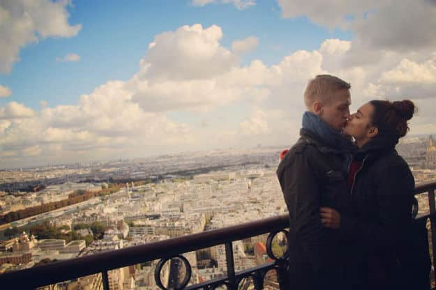 Aashka Goradia and Brent Goble's Passionate Kiss in Paris is What Romantic Vacations Are All About! VIEW PICS