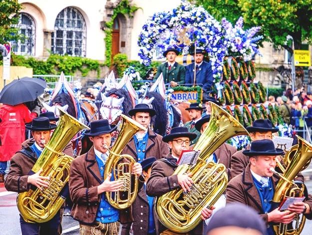 Okotberfest parade 2