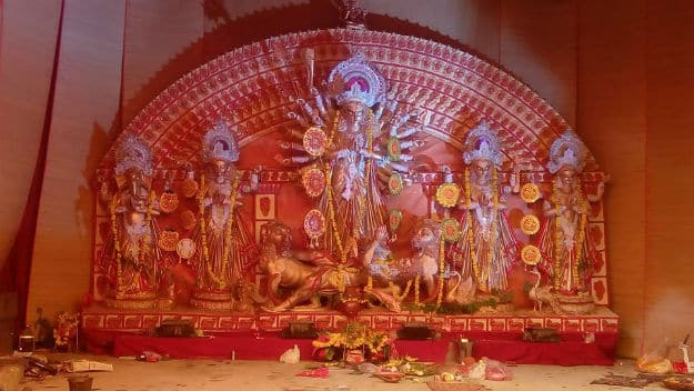 Durga Puja 2017: Famous Durga Puja Pandals in Delhi You Must Visit This Year