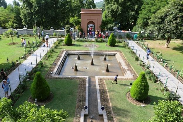 Chashme Shahi garden, Kashmir