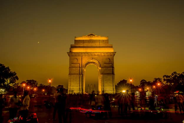 Delhi - India gate at night