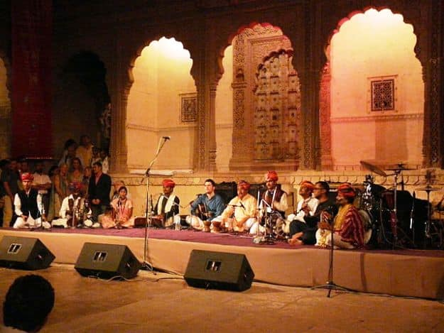 The group Dharohar performing in Mehrangarh Fort during the 2009 Jodhpur RIFF, Photograph Courtesy: Varun Shiv Kapur/Wikimedia Commons