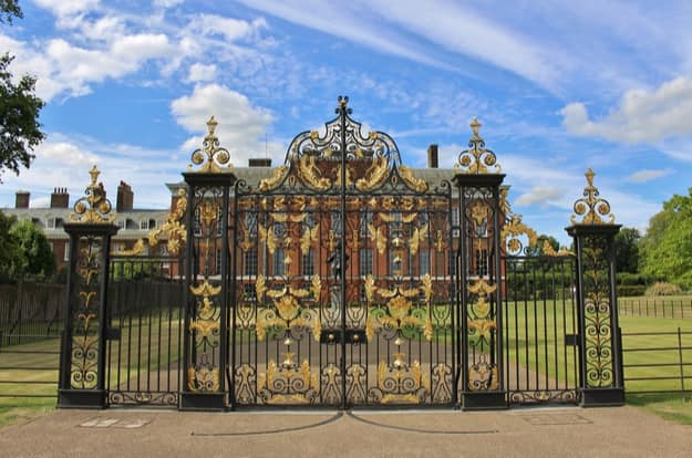 Kensington Palace, London. Kensington Palace is a royal residence set in Kensington Gardens in Kensington and Chelsea in London. It was formerly the home of Queen Victoria and Princess Diana