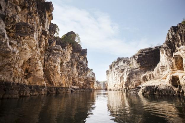 Marble rocks alongside Narmada River, Bhedaghat, Jabalpur District, Madhya Pradesh
