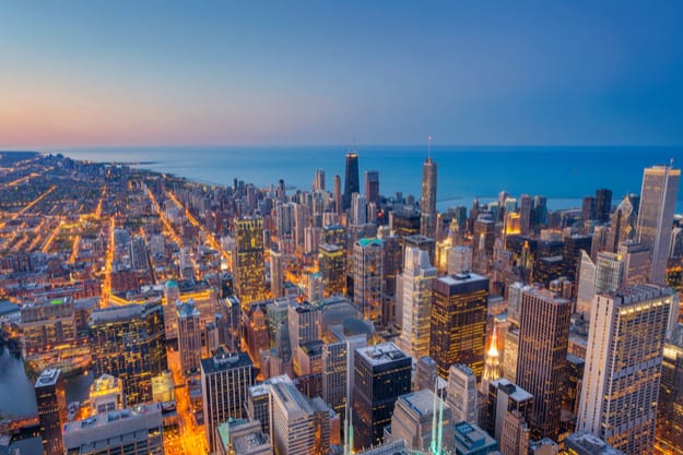Twilight cityscape of Chicago downtown, where the American Writers Museum is located