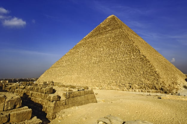 Great Pyramid of Giza has a Newly-Discovered Hidden Chamber