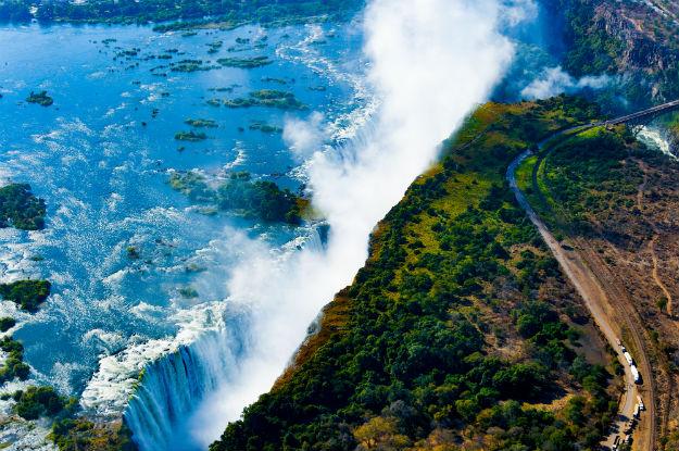 Victoria Falls near Zimbabwe: Stunning Photos of World's Largest Water Curtain