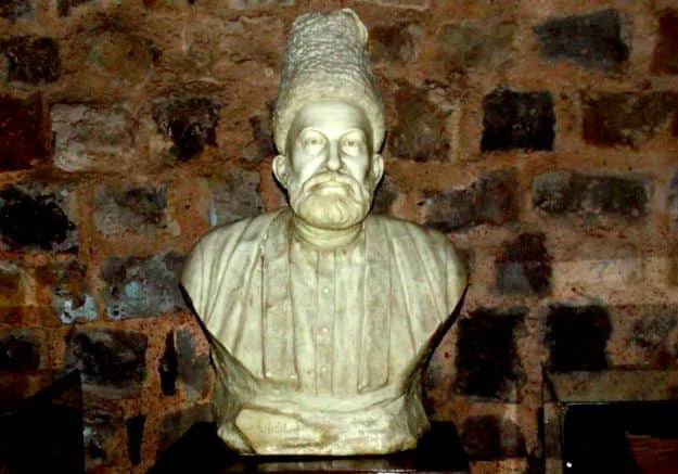 Visit These Places in Delhi to Remember Mirza Ghalib on His 220th Birth Anniversary