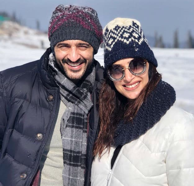 "Photos of Hiten Tejwani with His ""Special Snowflake"" in Kashmir are just WOW!"