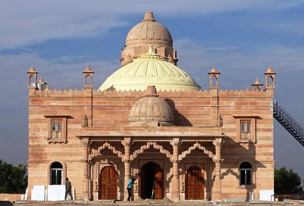 New temple of Guru Jambeshwar in Khejarli