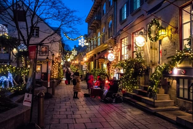 Rue du Petit-Champlain at Lower Old Town (Basse-Ville) at night