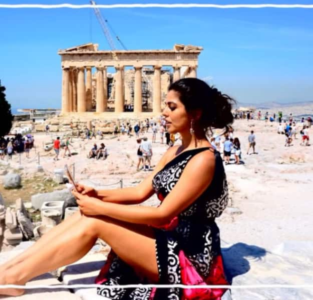 Shenaz Treasury is Raising Temperatures in Greece and We Can't Keep Calm! WATCH VIDEOS