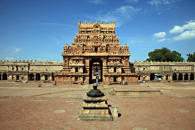 Brihadeeswara temple photo 8