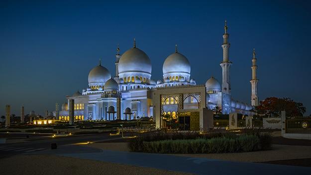 Sheikh Zayed Grand Mosque photo 8
