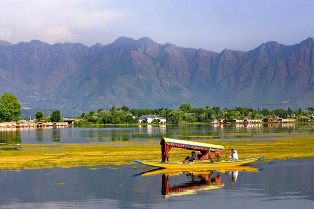 Valentine's Day 2018: Here's why Srinagar is The Most Romantic Destination in India