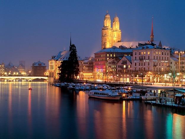 The-river-Limmat-in-Zurich