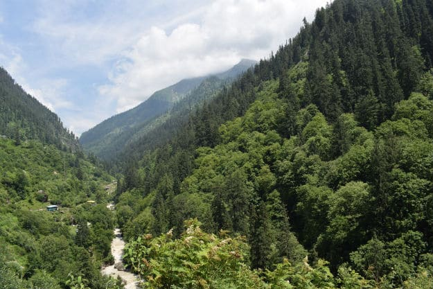 The trek to Kheerganga