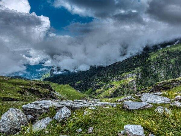 Beautiful Kullu In Himachal Kullu Himachal Pradesh Photos Of Kullu Pictures Of Famous