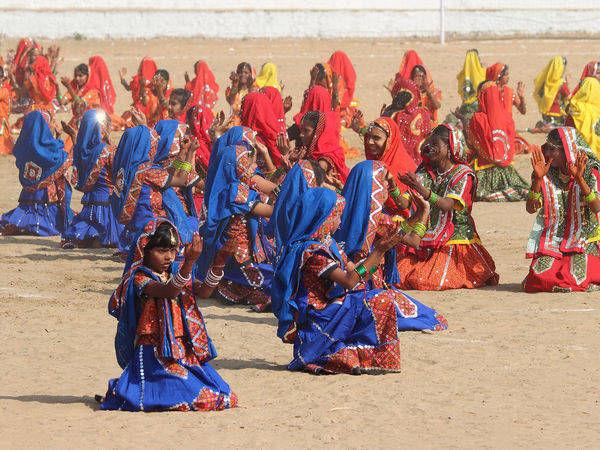 Dancers in the Pushkar fair - Pushkar - Rajasthan