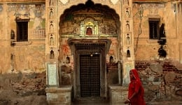 The fascinating story of the abandoned havelis of Shekhawati in Rajasthan