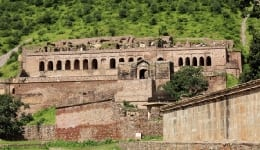 Legends of the formidable Bhangarh Fort