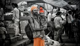 These stunning Varanasi photos capture the underlying pulse of the holy city!