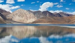 5 interesting facts about Pangong Lake that you didn't know!