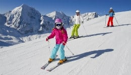 5 skiing destinations in India that you must visit this winter!