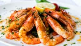 8 Restaurants in Pune to Enjoy Seafood