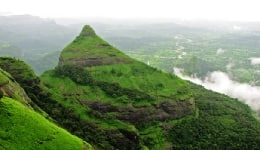 Best one-day monsoon weekend getaways from Mumbai